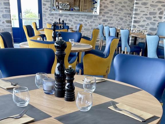 Restaurant La Grand&136.jpg039;Roche 3 136