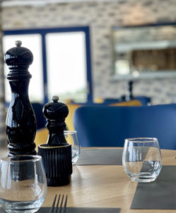 Restaurant La Grand&140.jpg039;Roche 03 140